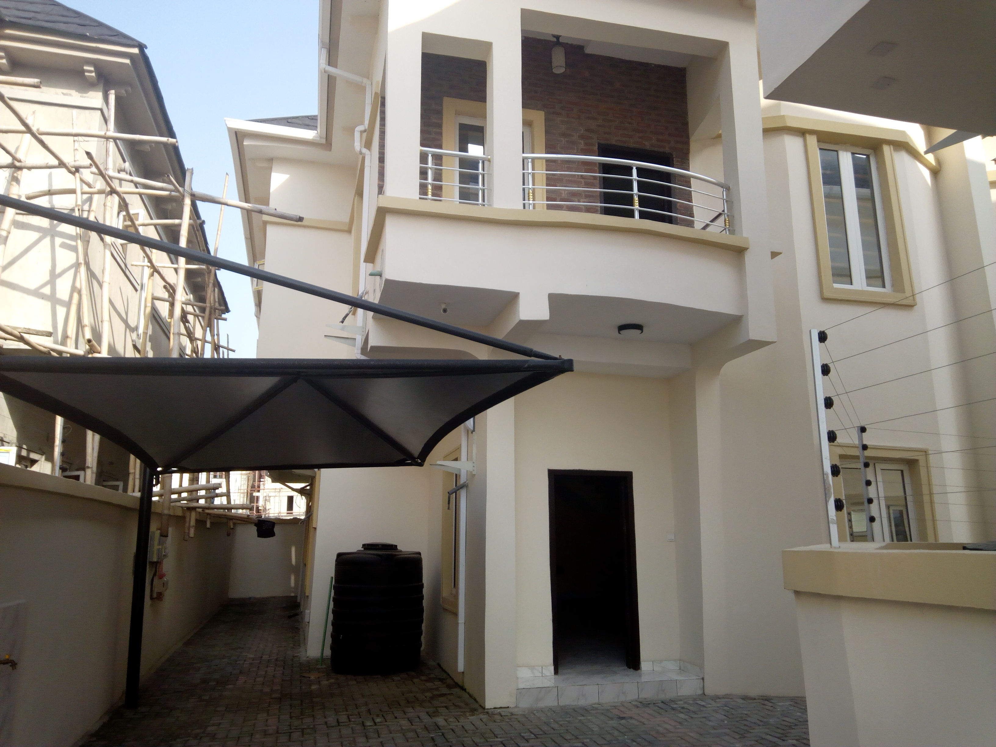 5 bedroom detached house for sale at Chevy view via chevron ₦85M
